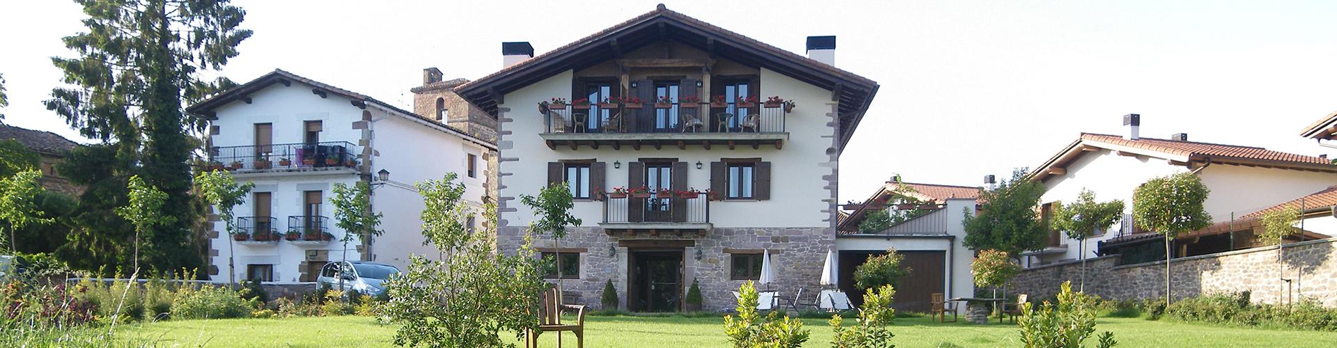 HOTEL RURAL IRIBARNIA (1)