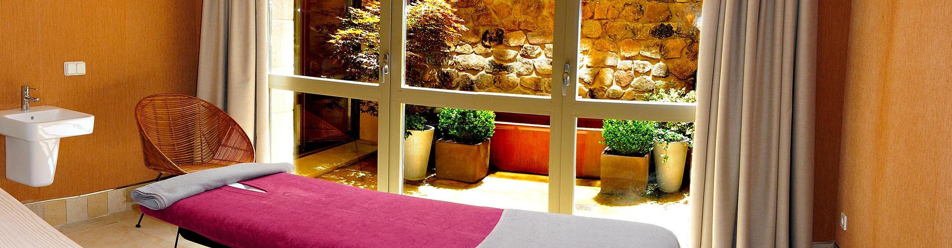 apartamentos-artesa-sala-de-masajes-1-copia-recorte-1920x500_c