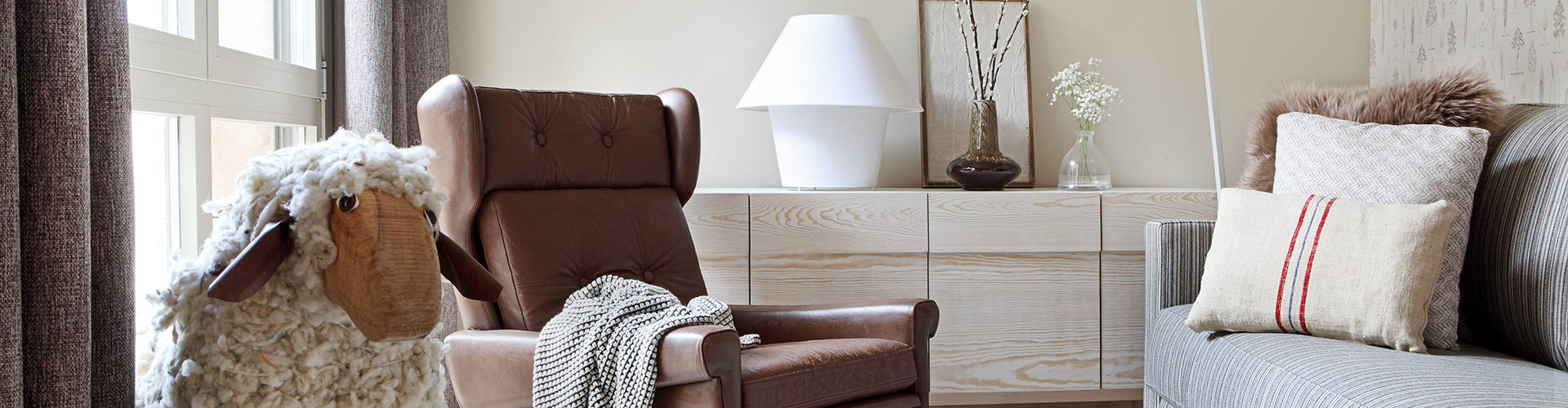 apartamentos-artesa-cereales-salon1-recorte-1920x500_c