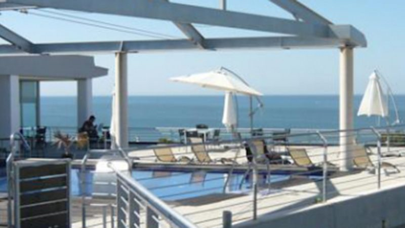 Hotel Mazagonia, Terrazza con vista sul mare.