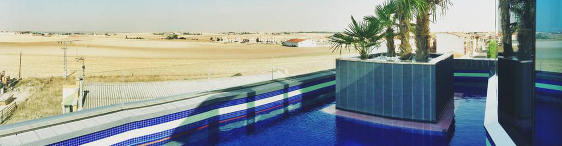 RESOTEL exterior piscina